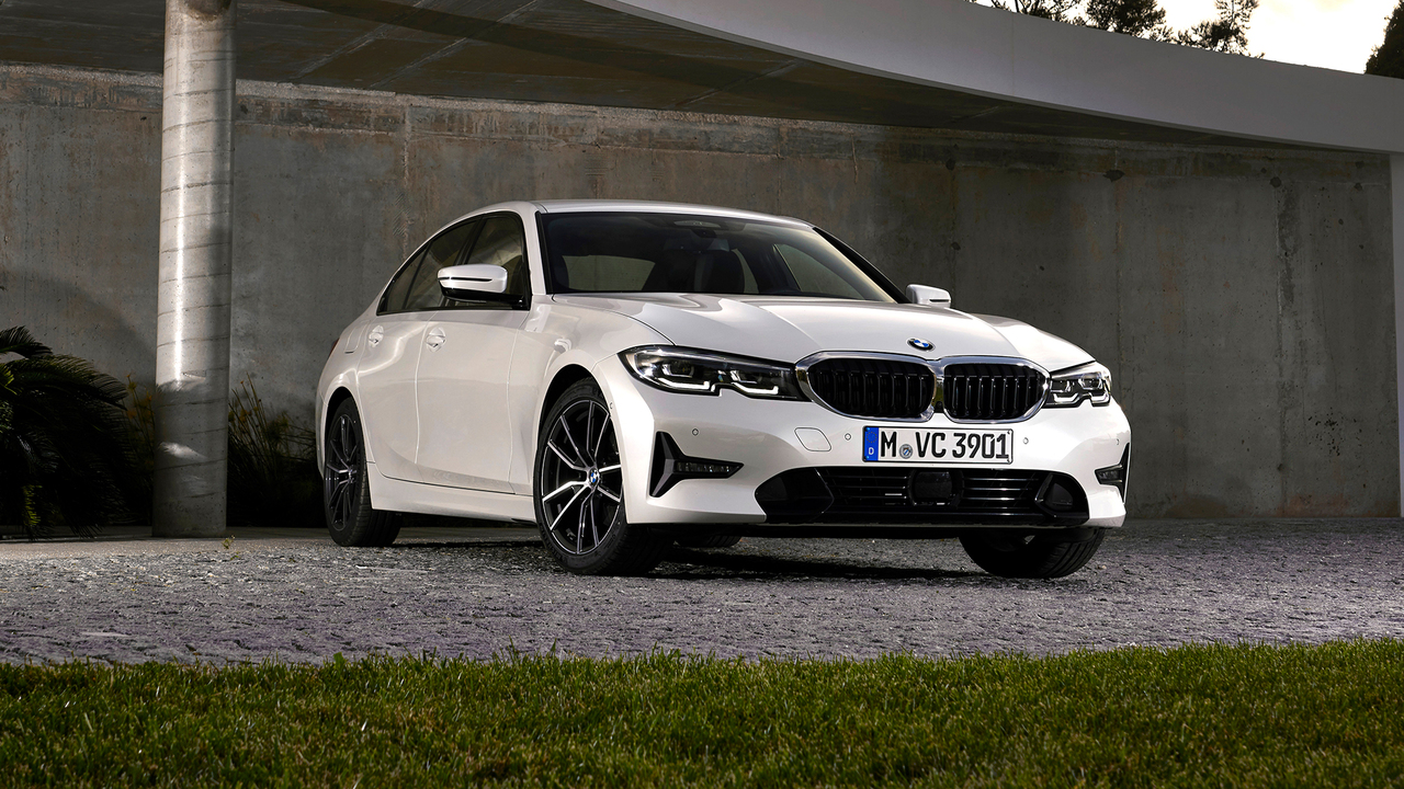 hight resolution of behind the wheel driving the new 3 series the soul of bmw