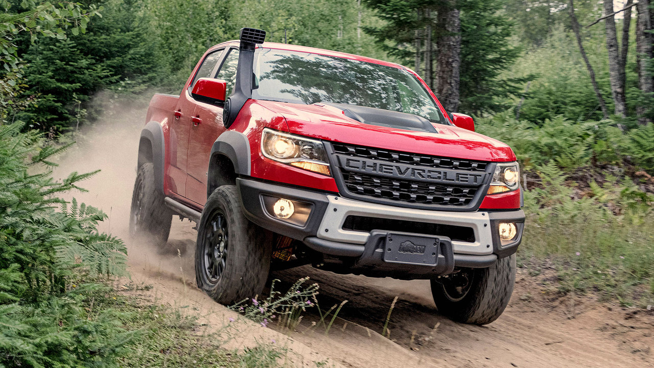 hight resolution of behind the wheel the 2019 chevrolet colorado zr2 bison