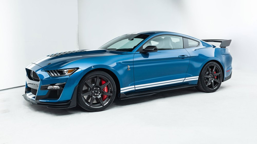 medium resolution of first look the 2020 ford gt500