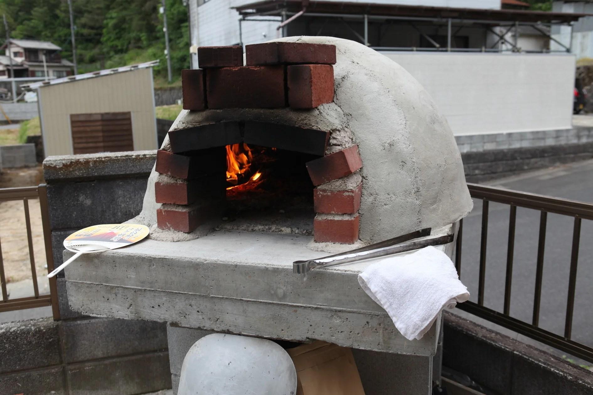 本格的な手作りピザ窯設備・bbqグリルあり・焼き鳥もできます。ご家族,お仲間でどうぞ。 | スペース ...
