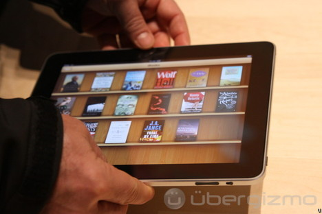 iPad, I played with it: first impressions review