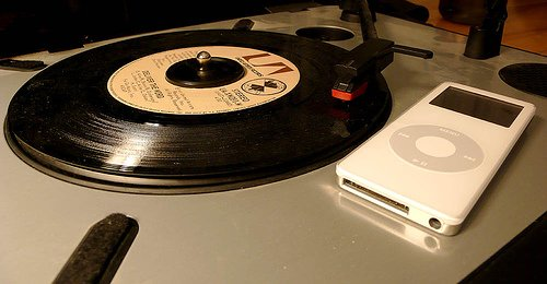 Digital music to overtake CD sales in the US