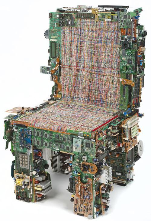 Binary-Chair-02