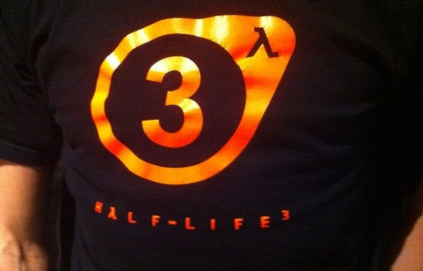 Half-Life 3 shirt
