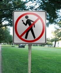 Texting-and-Walking-