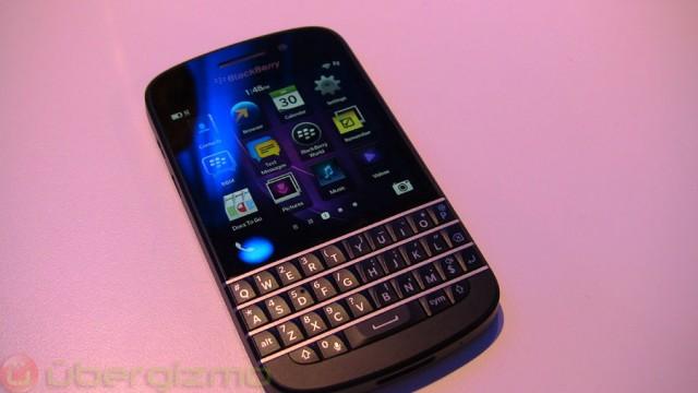 blackberry-q10-800-uk