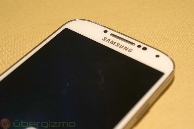 samsung-galaxy-s4-hands-on-review--06