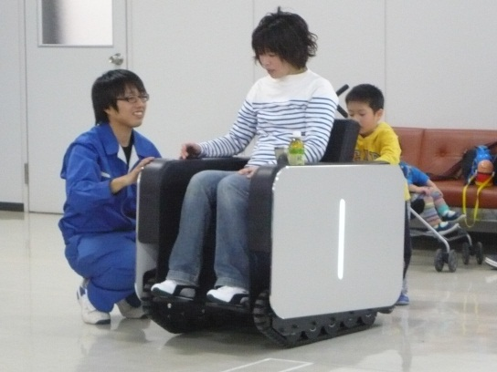 japan-unimo-wheelchair