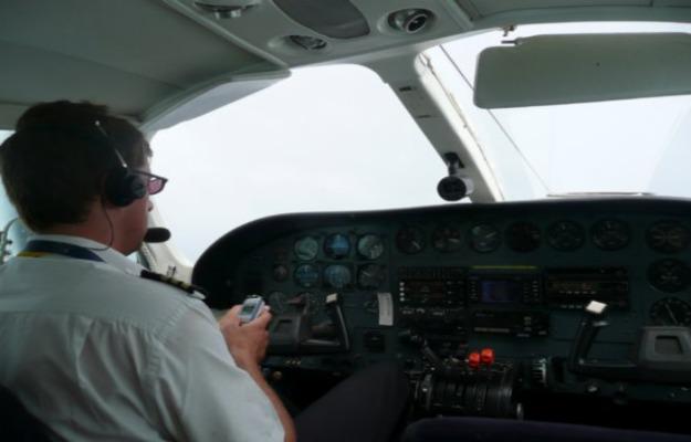 texting-while-flying-crash