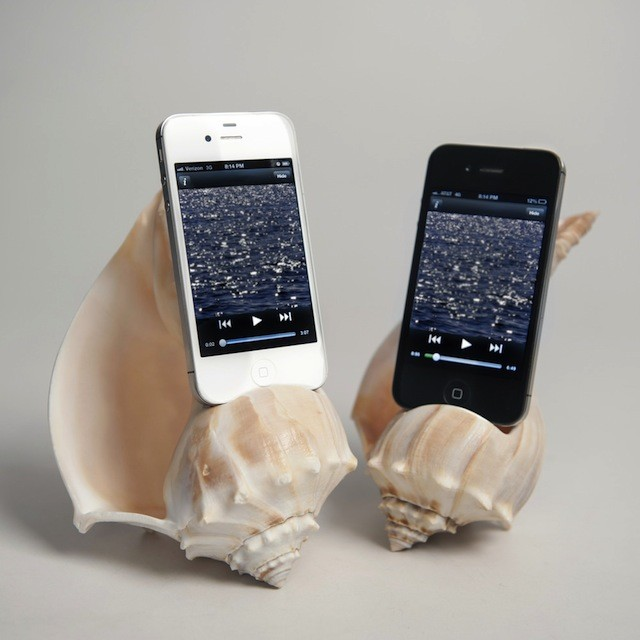 iphone-speaker-seashell