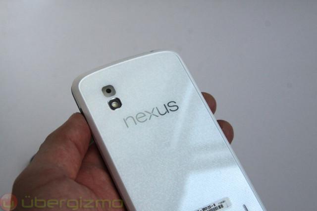 lg-google-nexus-4-white--06