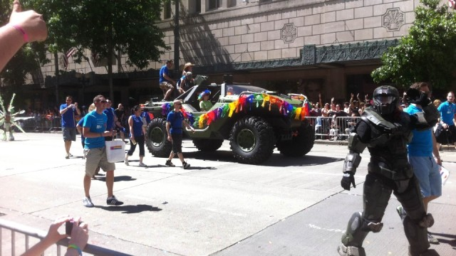 halo-pride-parade