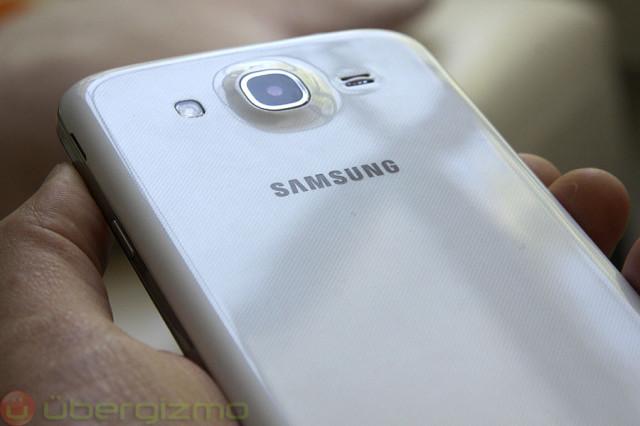 samsung-galaxy-mega-5.8-review-010