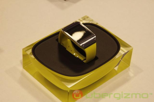 Samsung-Galaxy-Gear-51