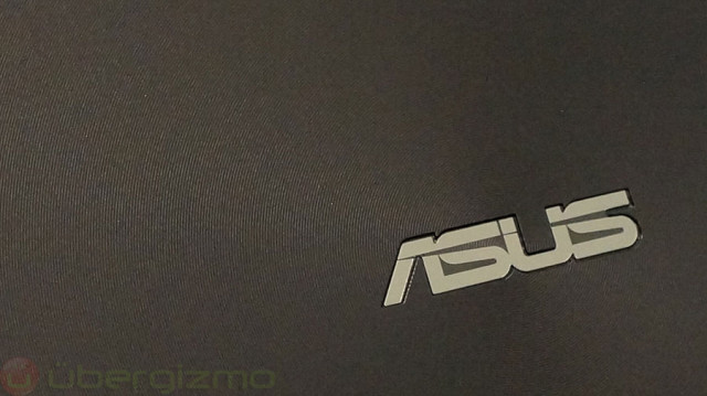 asus-transformer-book-t100-hands-on-review-03