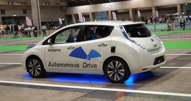 nissan-autonomous-drive-ceatec-2013