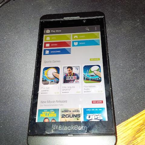 play-store-blackberry-z10