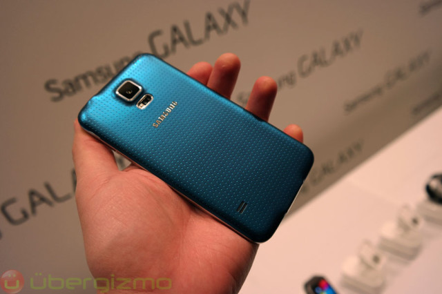galaxy-s5-preview-mwc2014-02