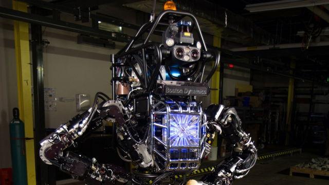 navy-firefighting-bot