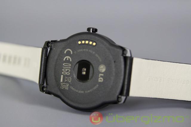 LG-G-Watch-R-18