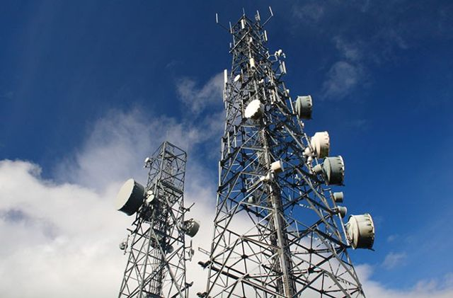 cell-phone-towers