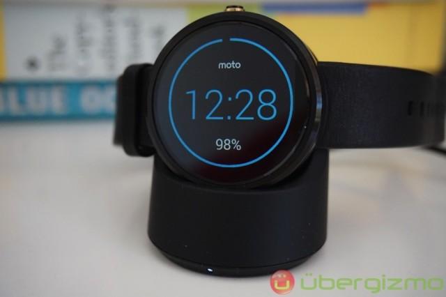 moto-360-smartwatch-review-3