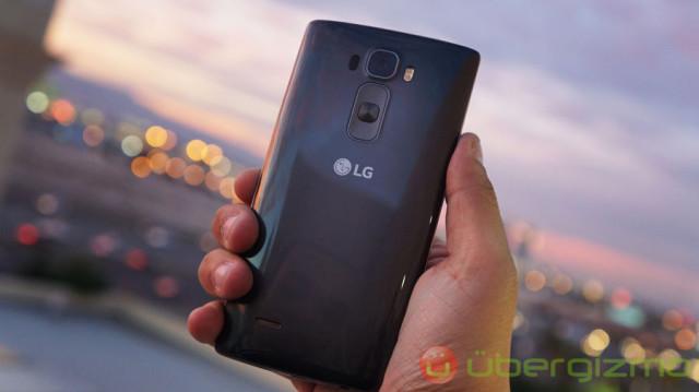 LG-G-Flex-2-04
