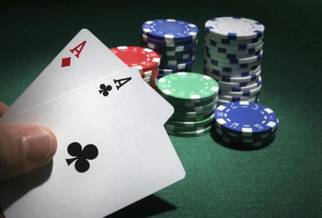texas-hold-em-poker-robot