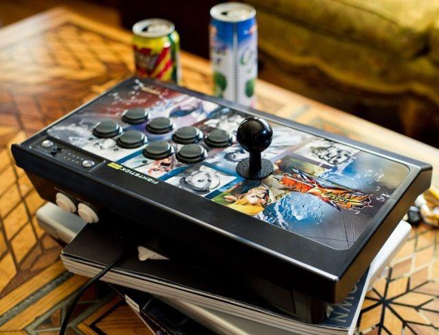 Mad-Catz-Street-Fighter-x-Tekken-FightStick-Pro