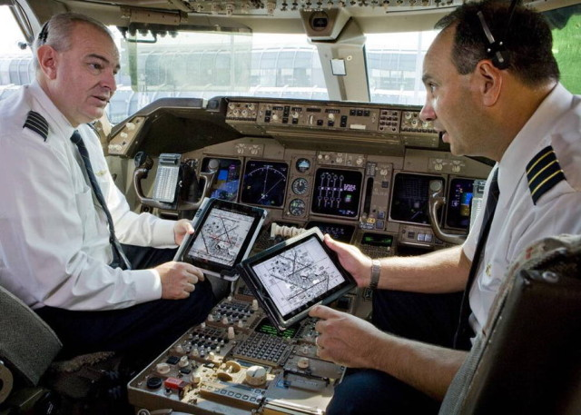 AA pilot ipad