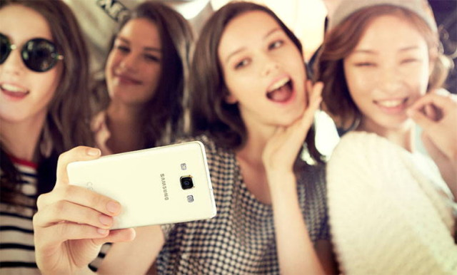 galaxy-a5-selfie