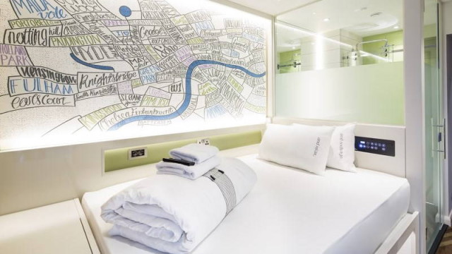 Premier_Inn_room_map_bed
