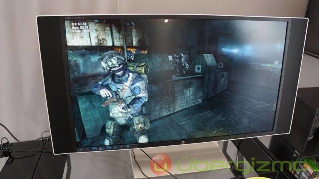 HP-ENVY-32-media-display-01