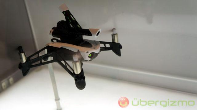 Parrot-Minidrone-Swing-03