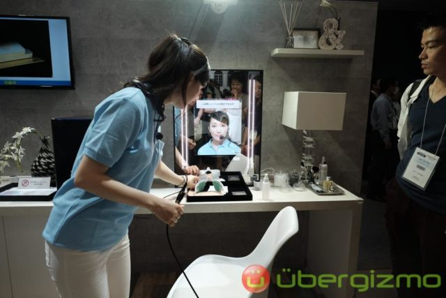 panasonic-smart-makeup-mirror-1