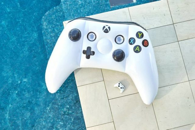inflatable-xbox-controller-1