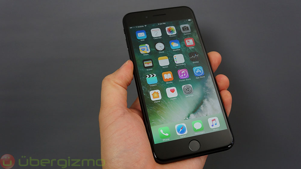 Apple Iphone 12 Pro Max Vs Apple Iphone 7 Plus Specs Speed