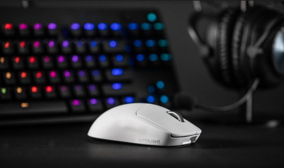 Logitech G PRO X Superlight - легкая мышь, созданная для киберспорта