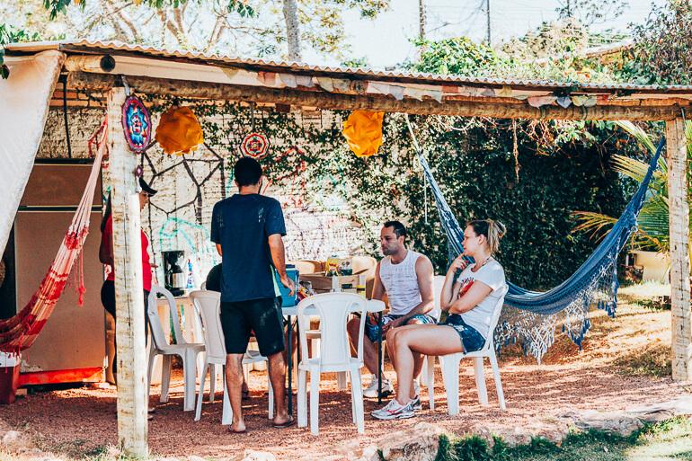Área de convivência onde tomávamos café da manhã - Camping Viveiro