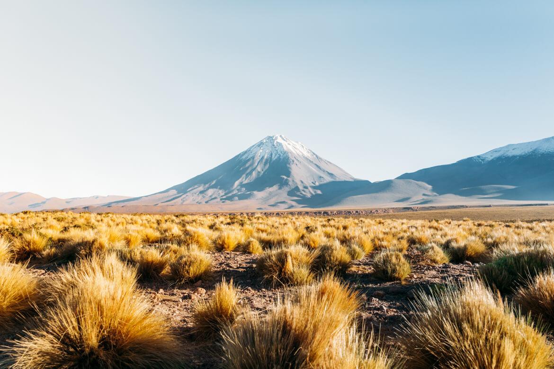 Roteiro no Deserto do Atacama - Vista para o Vulcão Licancabur