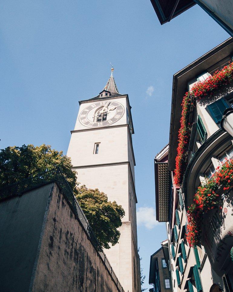 O que fazer em Zurique roteiro de um dia - St Peter's Church