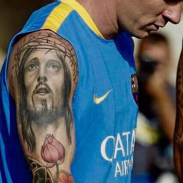 Tatuaje De Jesucristo En El Brazo De Messi