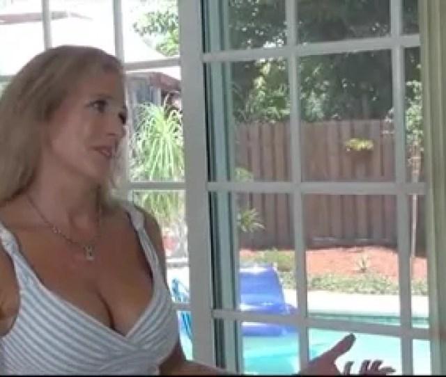 Naught Mature Stepmom Seduced In The Pool