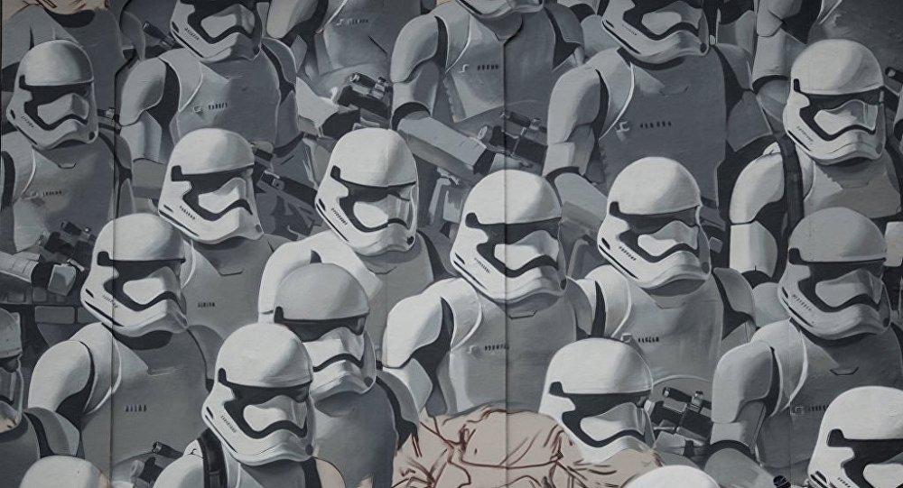 Moskova'da bulunan Star Wars grafitisi