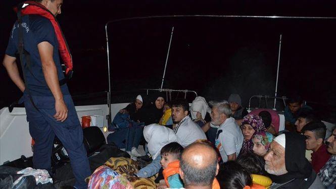 تركيا.. ضبط 75 مهاجرًا أثناء محاولتهم التسلل لليونان