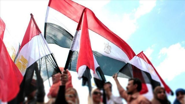 Egypt: 'Sentencing political convicts message to protesters'