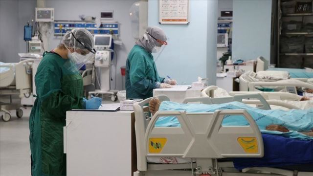 Turkey reports over 5,500 more COVID-19 patients