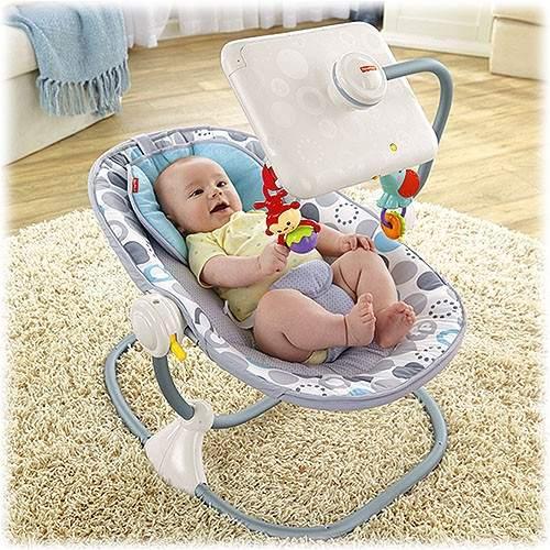 Un grupo de activistas piden retirar silla para beb con
