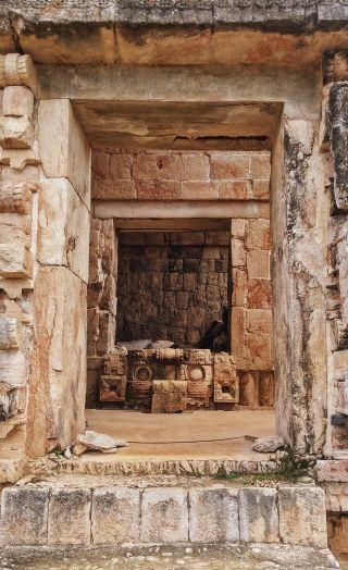 Periodisasi Zaman Praaksara Berdasarkan Arkeologi