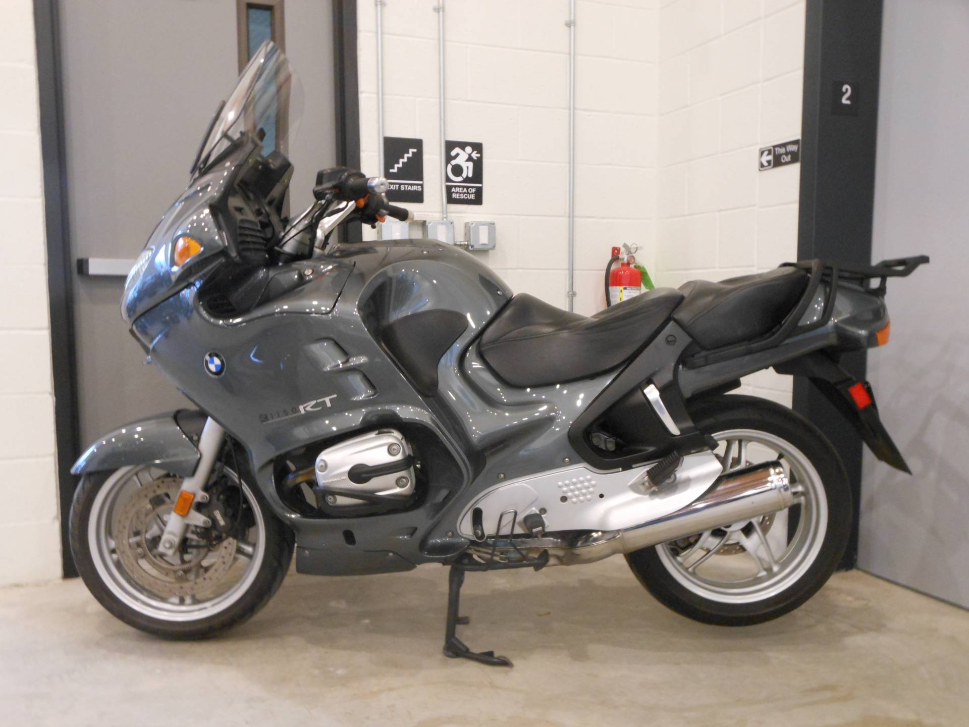 hight resolution of 2004 bmw r 1150 rt abs in port clinton pennsylvania photo 2